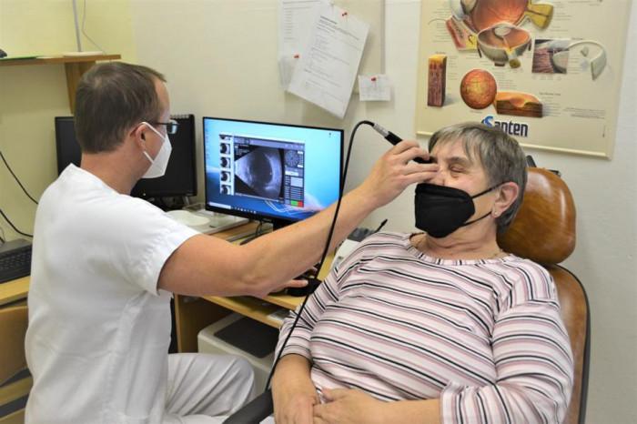 V prostějovské nemocnici prověří zrak pacientů nový ultrazvuk i laser