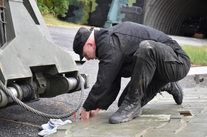 Pilotní projekt v Bechyni: Záložníci připravují na zimu techniku profesionálních vojáků