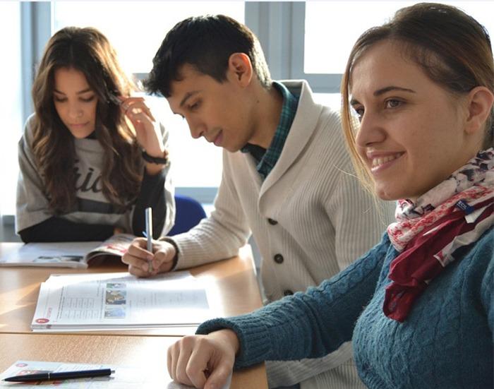 Pravidla pro p�id�lov�n� stipendi� st�edo�kol�k�m doznaj� zm�n