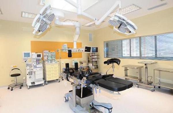 Zavedení elektronických aukcí nákupu zdravotnického materiálu přinese v kladenské nemocnici finanční úspory