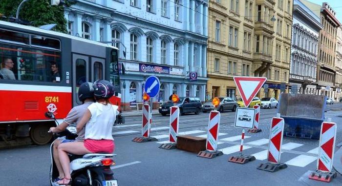 Revoluční ulici čekají změny k lepšímu