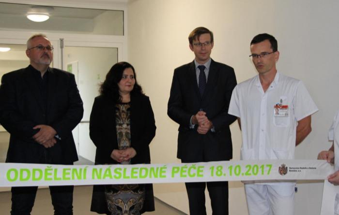 Benešovská nemocnice díky kraji přestěhovala oddělení následné péče do nových prostor