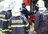 U Krušovic vyprošťovali rakovničtí hasiči zaklíněného řidiče