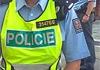 Policisté prvosledové hlídky zachránili život dvaasedmdesátileté ženě